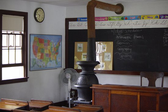 Strasburg, Pensilvania: un aula della scuola......