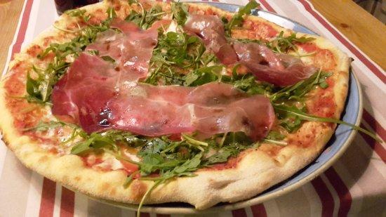 Classic Pizza Iso Omena: 20170918_134420_large.jpg