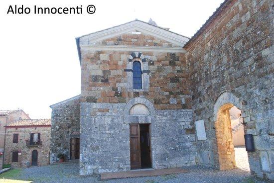 Pieve dei Santi Giusto e Clemente a Casciano di Murlo 1