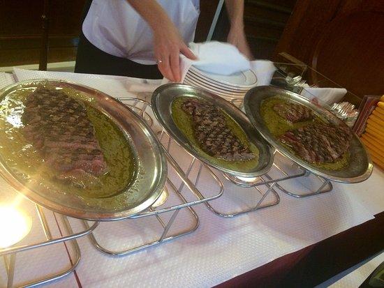 Le Relais de Venise: mmm steak!