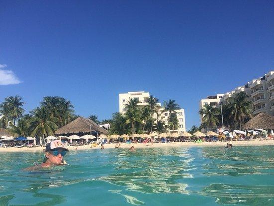 Ixchel Beach Hotel Photo