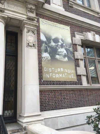 Mutter Museum: Outside