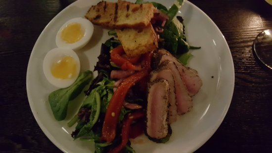 Hotel Sorrento: Delightful steak salad.