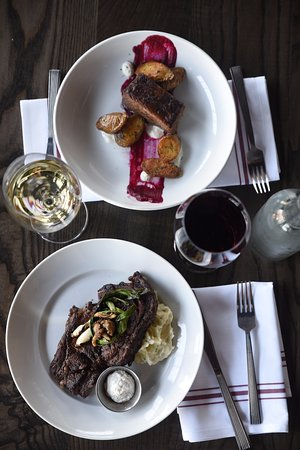 Lawrence, KS: Steaks and short rib, a perfect meal for a night out!