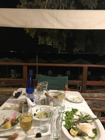 Vagia, Grekland: Beautiful setting , excellent food, relaxed service with a smile, a truly hidden gem, I would re
