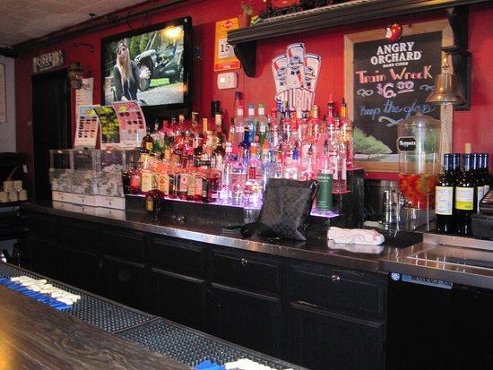 เฮสติงส์, มินนิโซตา: Back bar