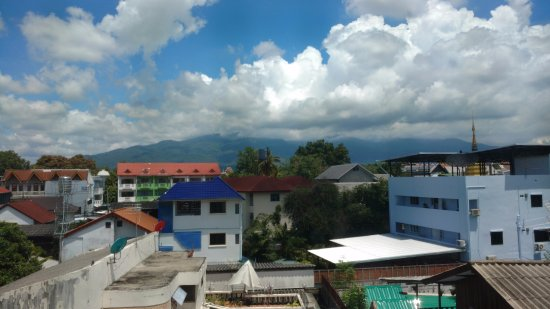 Kavil Guesthouse: Looking west to Doi Suthep & Doi Pui