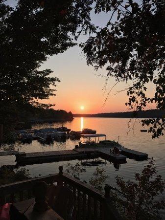Arden, Canadá: Fabulous sunsets!