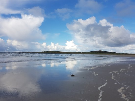 Islay, UK : Lovely Reflections From Machir Beach
