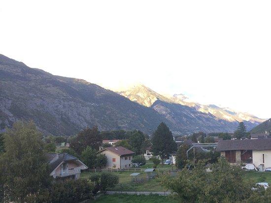 Agarn, Switzerland: La vallata