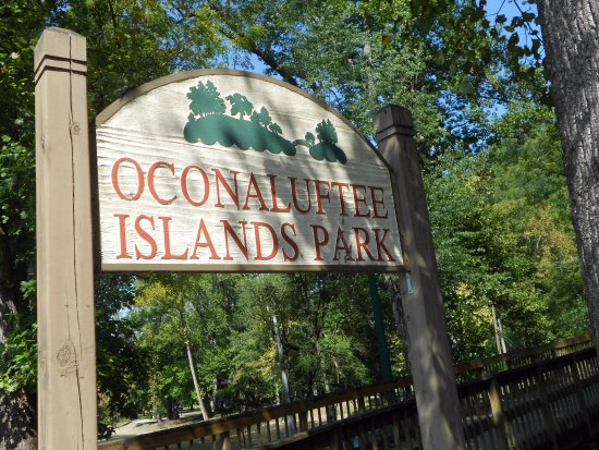 Oconaluftee Islands Park: sign