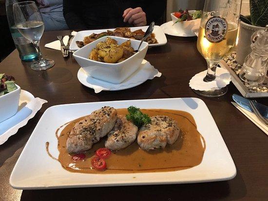 Restaurant Bild Von Restaurant Scheune Glucksburg Tripadvisor