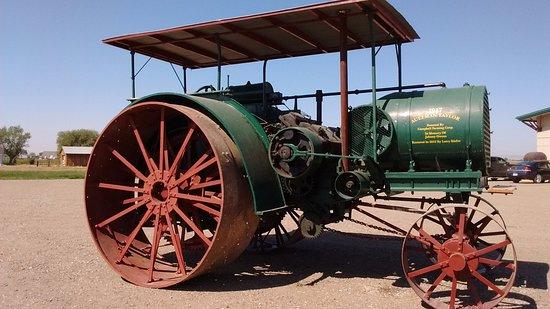 Hardin, MT: 30-60 Aultman Taylor prairie tractor!