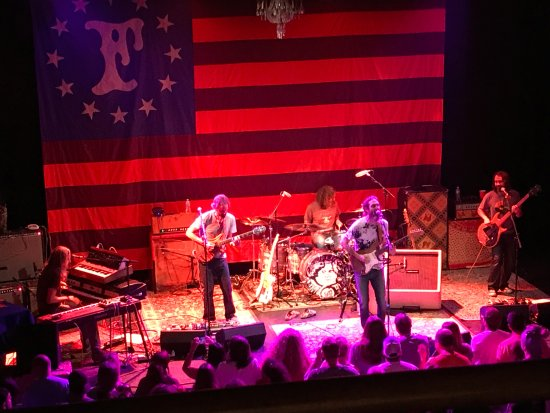 chris robinson brotherhood at the cox picture of hargray capitol theatre macon tripadvisor. Black Bedroom Furniture Sets. Home Design Ideas