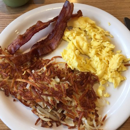 Lebanon, MO: Bacon, eggs and hash browns extra crisp, as ordered!