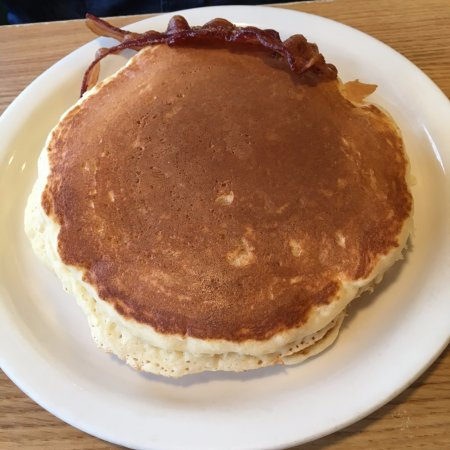 Lebanon, MO: Stack of 2 pancakes - they take up the whole plate!