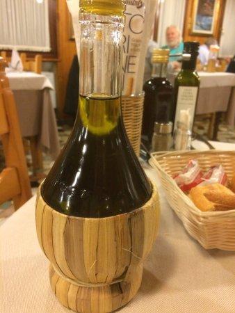 Creazzo, Italie : olio etravergine
