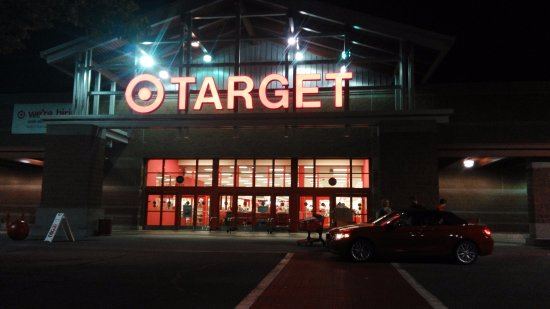 Wilsonville, OR: Target store at 5 mins distance