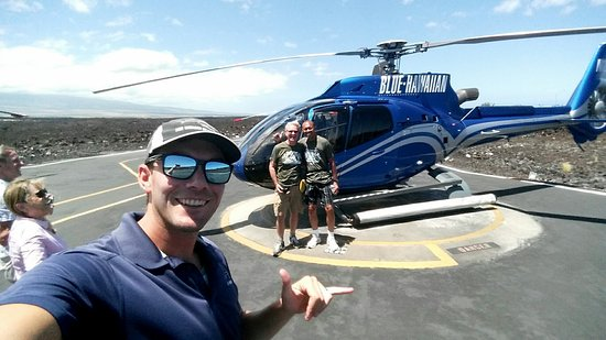 Waikoloa, HI: Our pilot Eli taking selfie with us in the background!