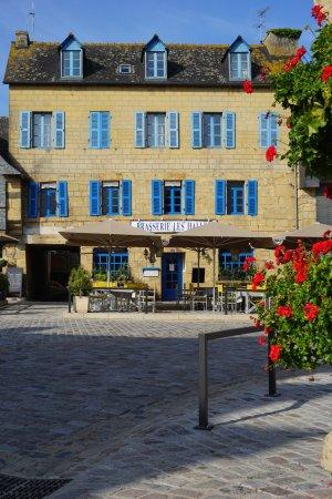 Le Faou, France: facade en pierres de Logonna