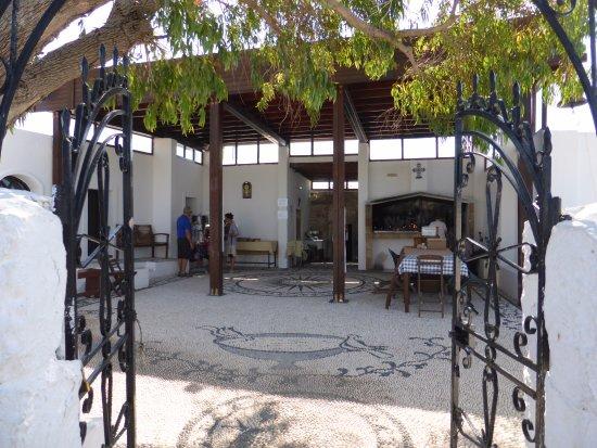 Колимбия, Греция: Klasztor