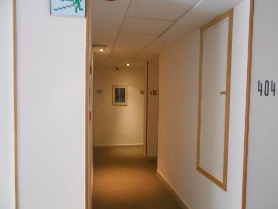 Le Pietri Urban Hotel: Internal corridor