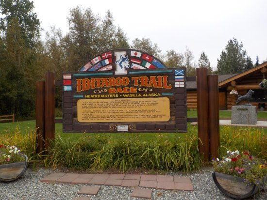 Wasilla, AK: Sign in front