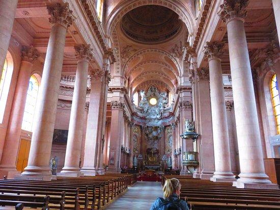 Гебвиллер, Франция: interior