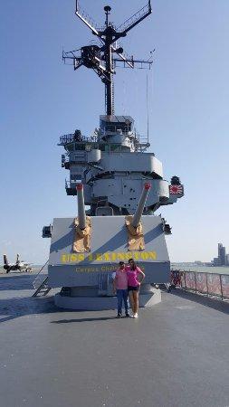 USS LEXINGTON: Imponente