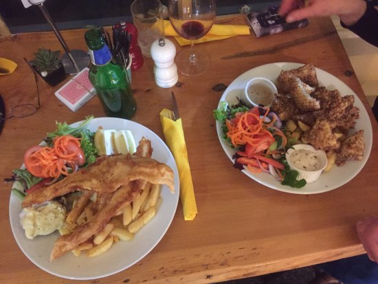 Port Albert, Australia: Great meals and country pub style