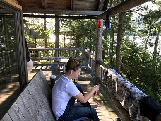 Jackman, เมน: putting our cabin porch to good use