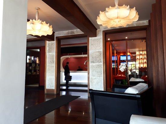 The Spanish Court Hotel: 20170914_084042_large.jpg