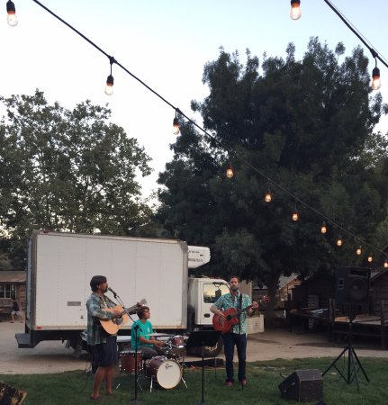 Shell Beach, CA: Dunegrass Boys Providing - Avila Valley Barn & SBSS Movie Night