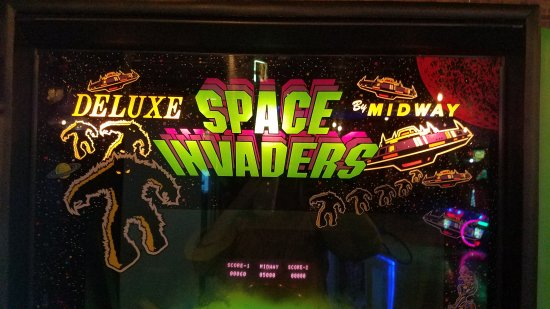 Boxcar Bar Arcade Many 80s Games
