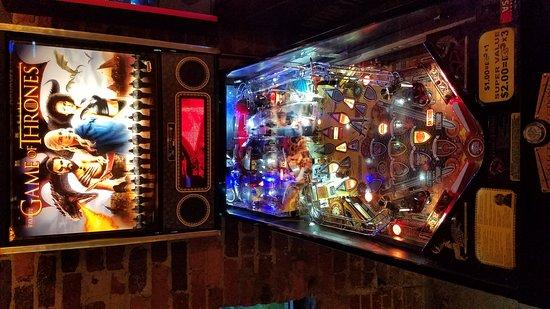 Greensboro, Carolina del Norte: Boxcar Bar + Arcade