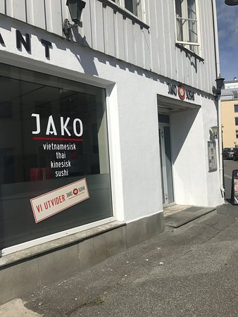 Gjovik Municipality, Norway: Restaurant vindu + takeaway inngang