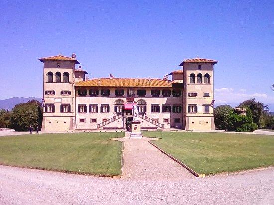 Villa Niccolini, Camugliano, Ponsacco