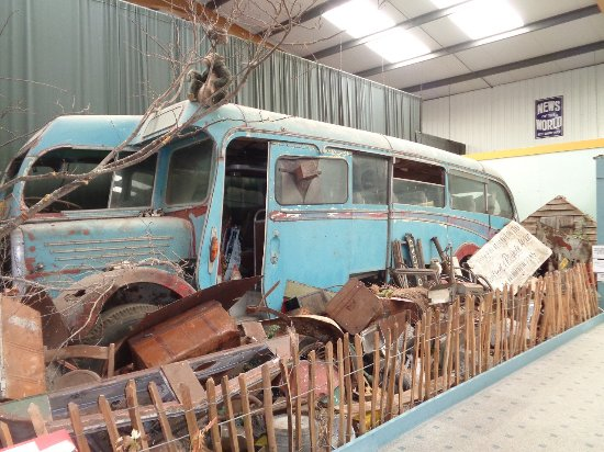 Witney, UK: How some of the buses gave been found!