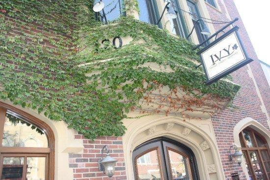 The Ivy Restaurant Wheaton Il