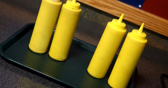 Clarence, Nova York: Mustard