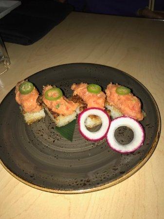 Katsuya: Tuna on crispy rice