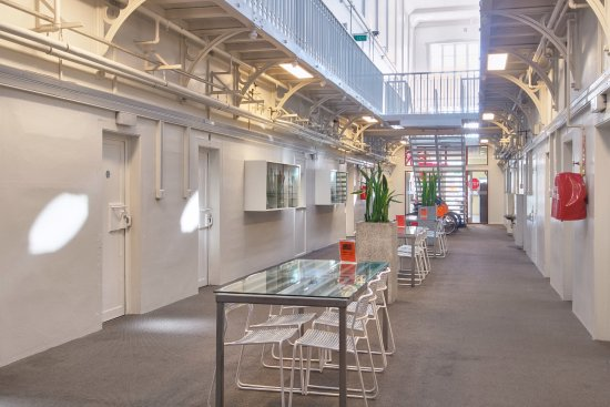 Jailhouse Accommodation : Central Atrium / Dining Area