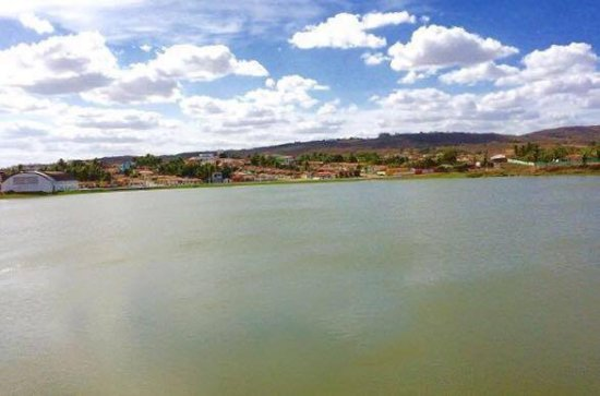 Lagoa de Dentro, PB: Lagoa Francisco Soares. A lagoa fica localizada no centro  da cidade.