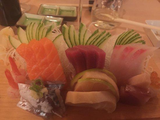 Ochi no Sushiya: Sashimi Platte