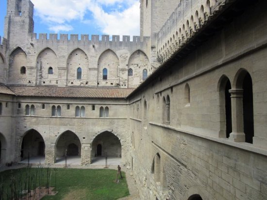 Pope's Palace (Palais des Papes): photo4.jpg