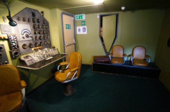 Foynes, Irlanda: Engineer's station