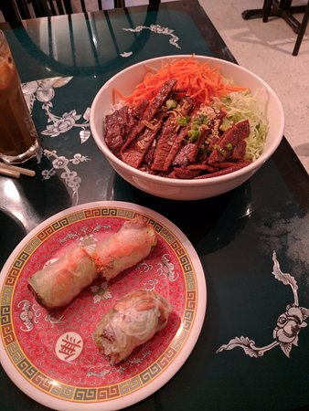 Columbia, MD: Summer Rolls, Beef with Vermicelli - Yummy!