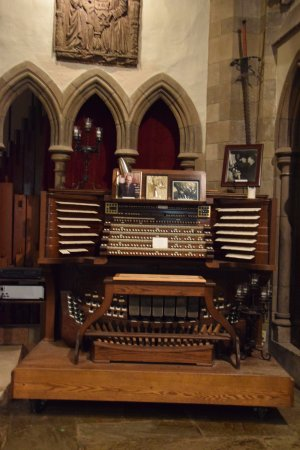 Hammond Castle: The Hammond Organ