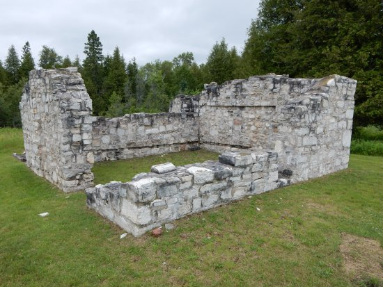 St. Joseph Island, Kanada: The bakery ruins