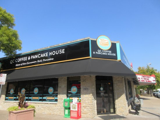 QC Coffee And Pancake House, Rock Island